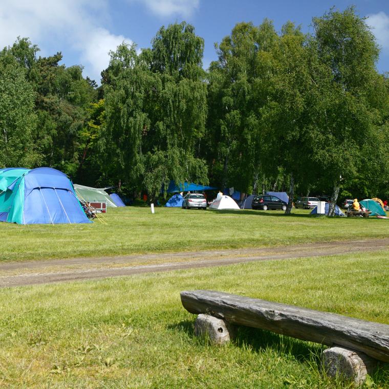 Eine der großen Zeltwiesen