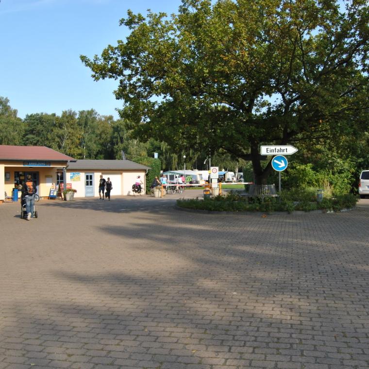 Anmeldung mit Einfahrt zum OstseeCamp Dierhagen