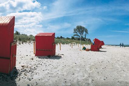 Strandkörbe am Dierhäger trand können gemietet werden